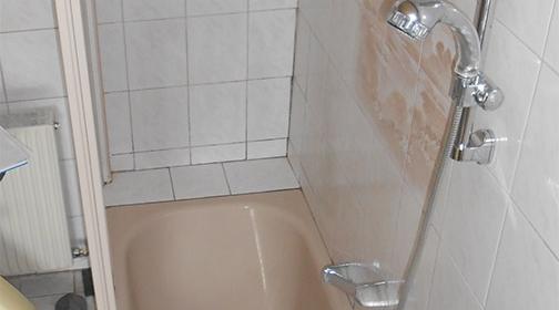 Umbau Badewanne zur Dusche, vorher